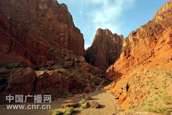 今年国庆节,文化游成了旅游胜地库车的新热点.