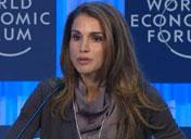 约旦王后拉尼娅现身谈创业精神