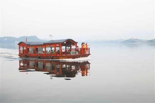 长寿湖:山水田园的诗意生活