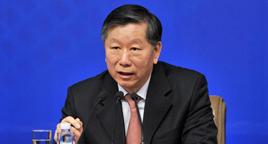 中国银行业监督管理委员会主席尚福林回答记者提问
