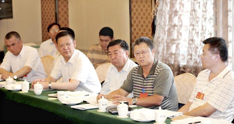 新疆工作的总目标是社会稳定和长治久安
