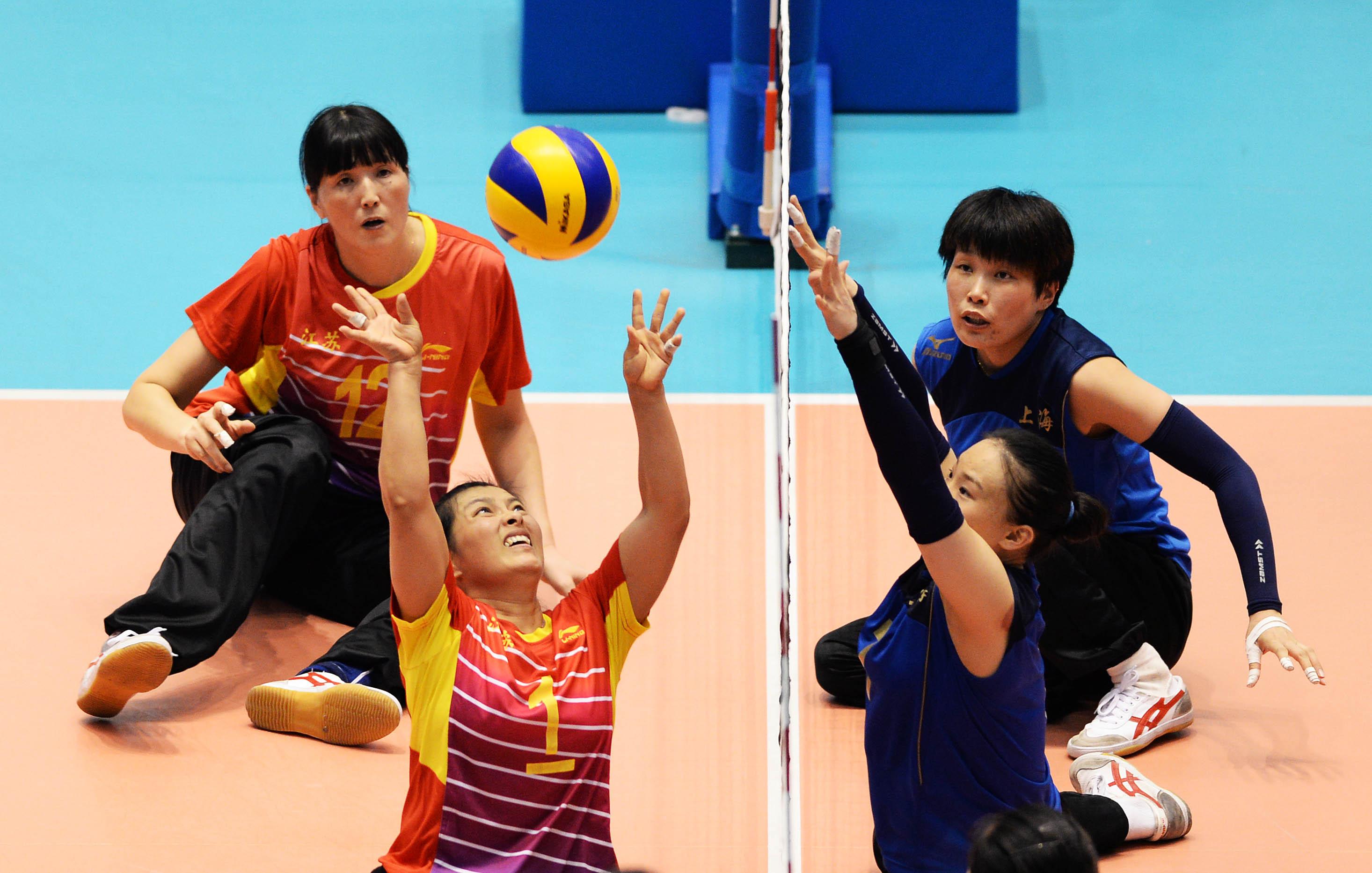 (锐视角)(2)坐式排球--上海女队夺冠