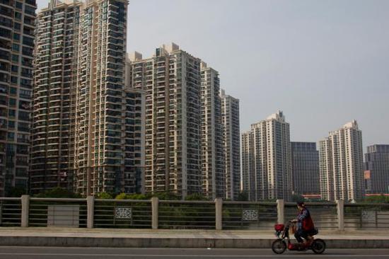 上海首套房利率优惠明确:最低9折。 朱伟辉 澎湃资料